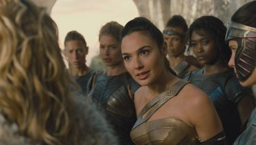 Een staaltje girlpower in <i>Wonder Woman </i> #trailertip